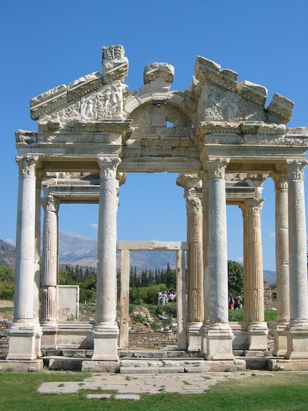 classical ancient greece essay If you order your research paper from our custom writing service you will receive a perfectly written assignment on the difference between archaic, classical, and hellenistic art.