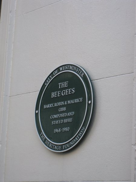 Celebrities who lived in Mayfair plaque