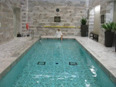 Hazelton Pool 400x300 The Hazelton Hotels cute little $199,000 Holiday Season Shopping Package