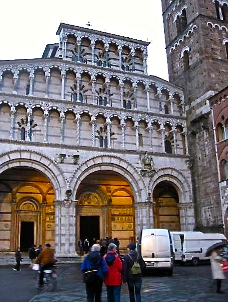 One day in Lucca, visit Lucca Cathedral