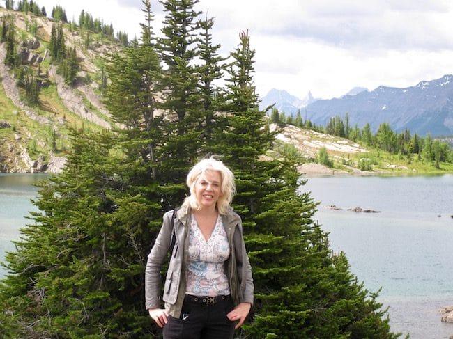 hiking in Banff at sunshine