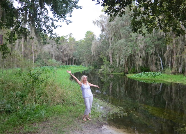 Wandering Carol at Shingle Creek Grande Lakes Orlando undiscovered
