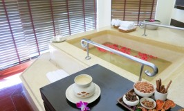 Couples suite Mandara Spa in Bangkok Sheraton Orchid Hotel