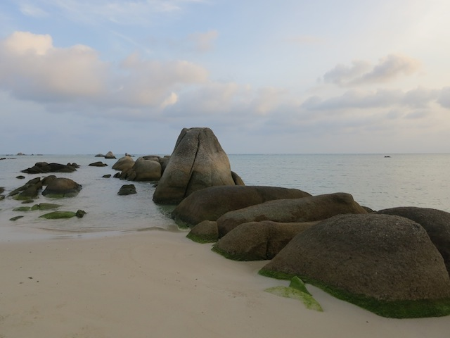 Koh Samui rocks in the water at Lamai Beach