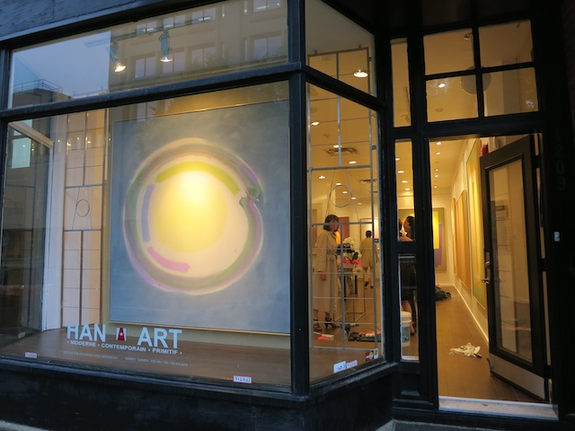 William Perehudoff painting in window in Montreal
