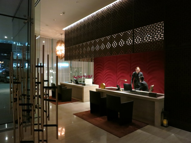 Top 10 places to hang out in Toronto, Shangri-La Hotel
