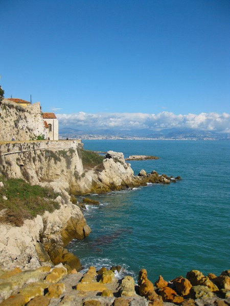 Cote-dAzur Renting a Villa in France
