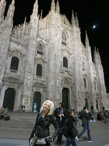 Carol Perehudoff at Duomo Milan One day in Milan