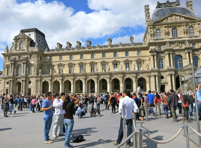Free travel in Paris France Best free luxury travel activities and perks