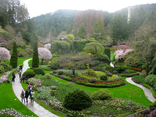 Things to do in Canada: visit Butchart Gardens in Victoris