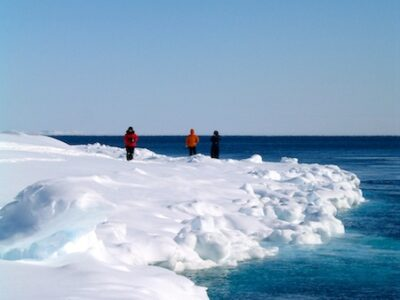 What to do in Canada: visit Cape Dorset in the arctic