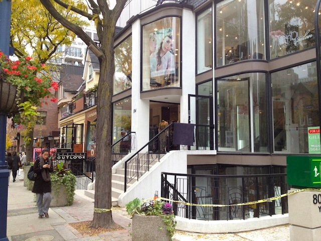 What to do in Canada: visit Yorkville in Toronto