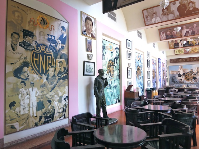 Drinking in Havana Hotel Nacional