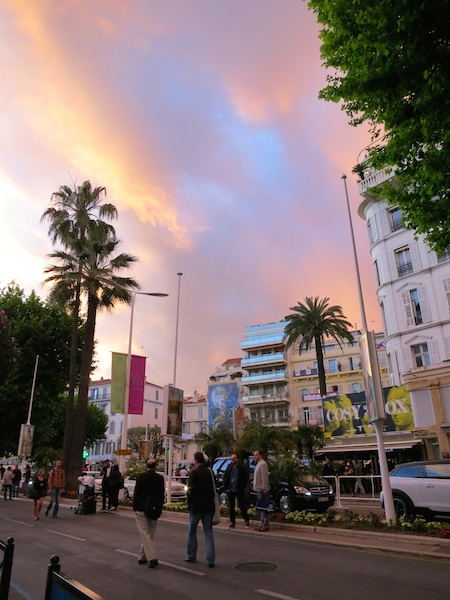A travel blogger's year in review. Through sunsets. Cannes