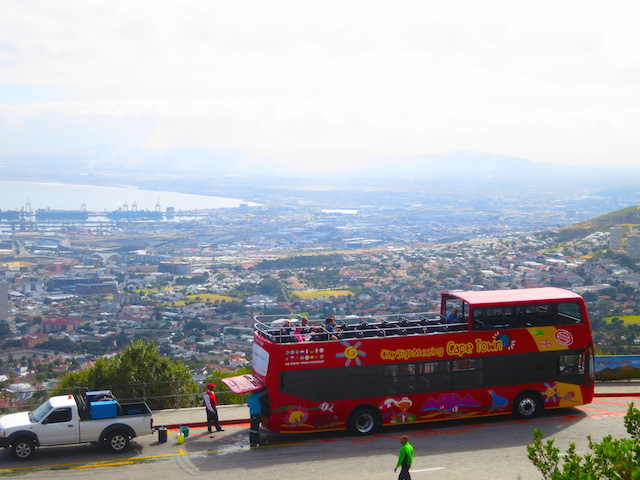 What to do in Cape Town, visit Table Mountain