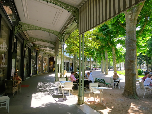 French spa, Parc des Sources Vichy France