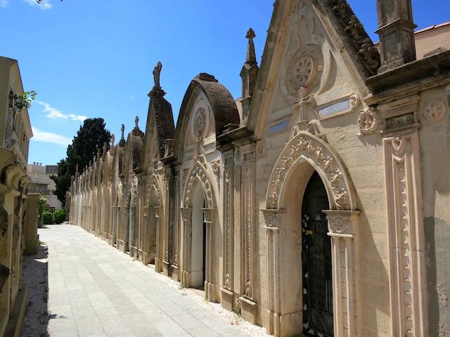 Tombstone tourism, Lloret de Mar modernist cemetery