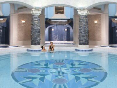 Fairmont Banff Springs spa mineral pool