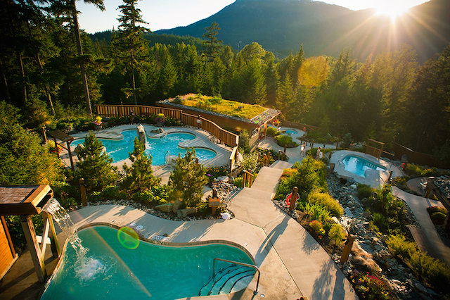 Scandinave Spa in Whistler reviews, pools