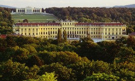 Wandering Carol tours Vienna: Titillating Schonbrunn Palace facts