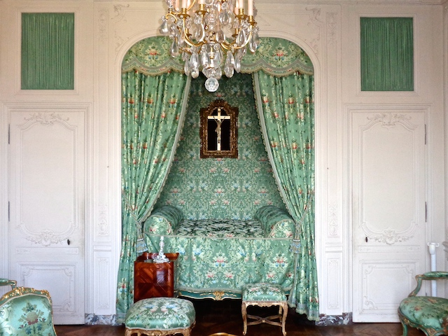 Private tour of Versailles, Pompadour's bedchamber