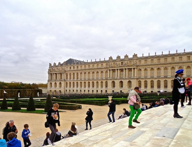 Private tour of Versailles exterior