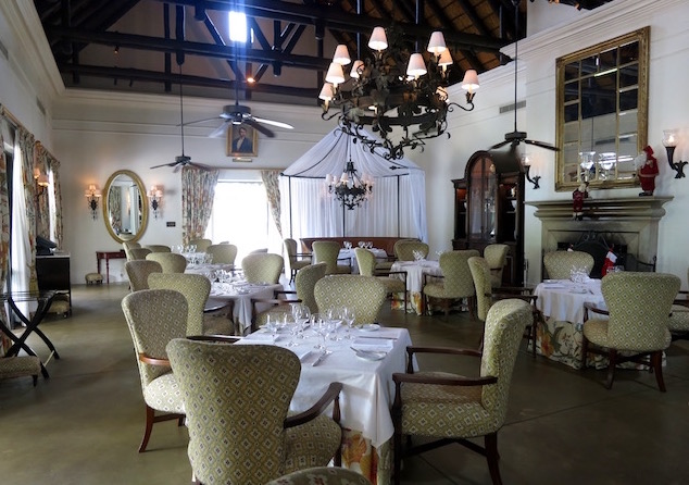 Royal Livingstone Hotel pictures, dining room, best hotel in Victoria Falls