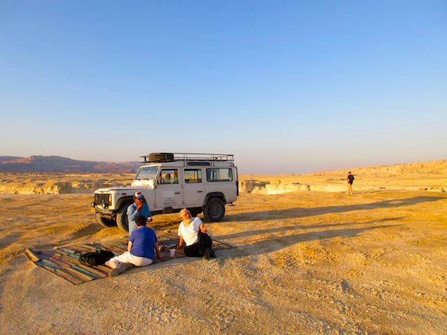 Judean Desert jeep tour, strangers in the wildnerness