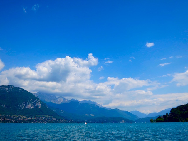 One day in Annecy, the Lake