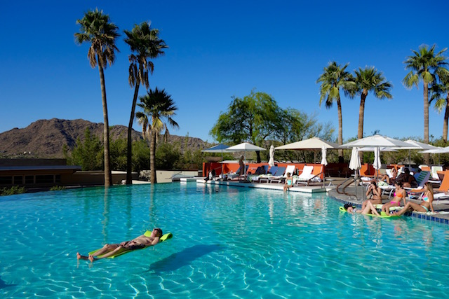 Sanctuary Camelback Mountain Resort pool