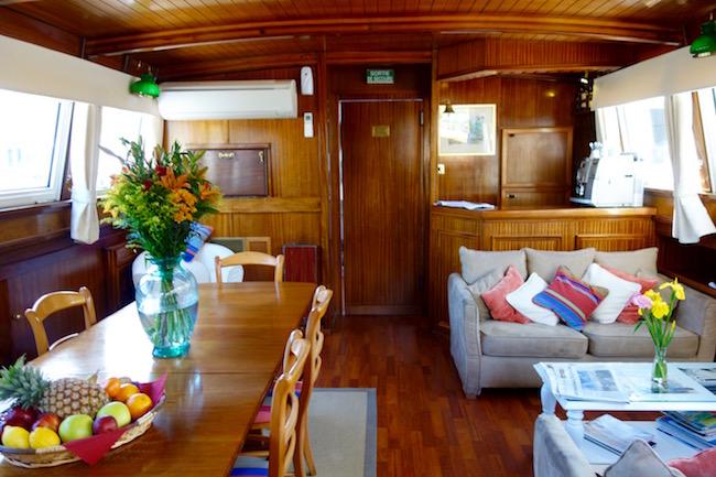 Canal du Midi cruise, Athos barge interior