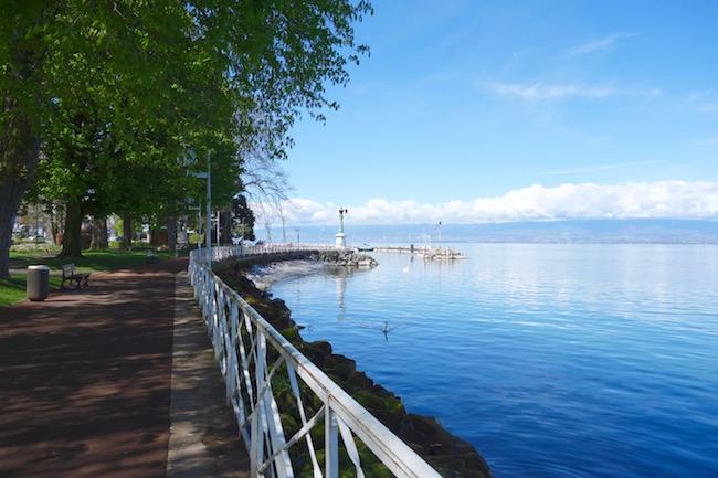 Visit Evian les Bains promenade