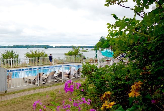 Viamede Resort outdoor pool