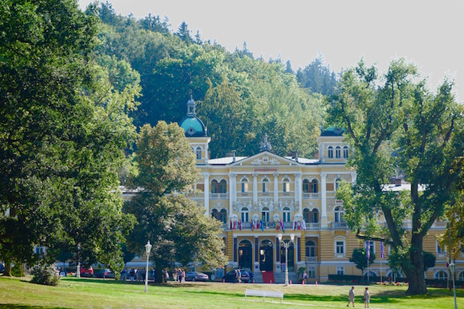 easy-way-to-spa-in-marianske-lazne-cz-with-danubius-hotels
