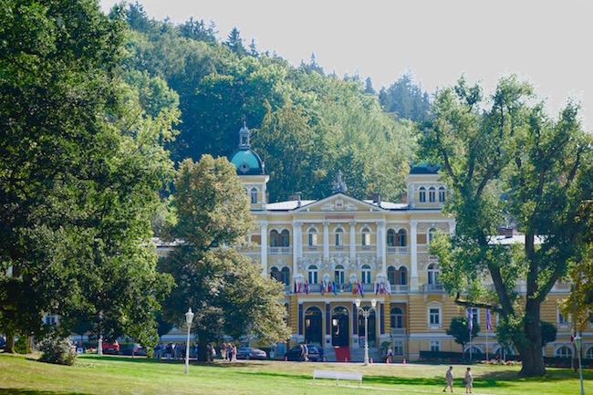 easy-way-to-spa-in-marianske-lazne-cz-with-danubius-hotels