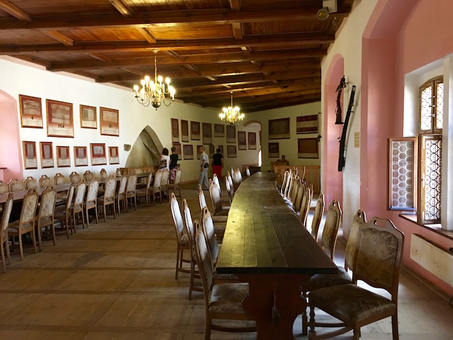 one-day-in-loket-czech-republic-see-the-castle-interior