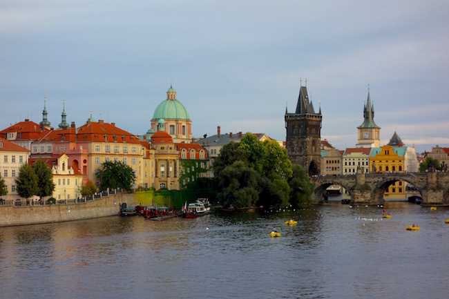 things-to-do-in-the-czech-republic-prague-city-scene