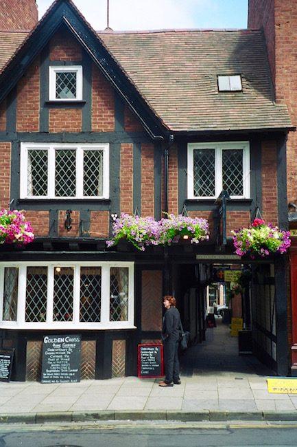 golden-cross-inn-haunted-place-shrewsbury-england