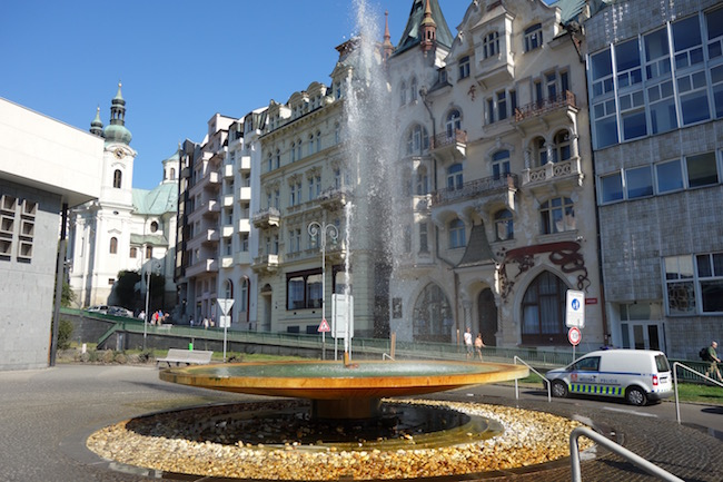 karlovy-vary-travel-guide