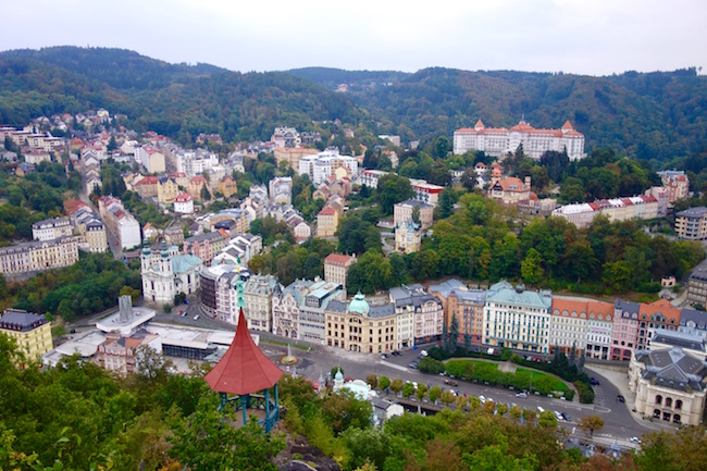 karlovy-vary-walks-deer-jump-lookout
