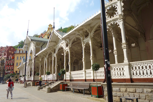 one-day-in-karlovy-vary-visit-market-colonnade