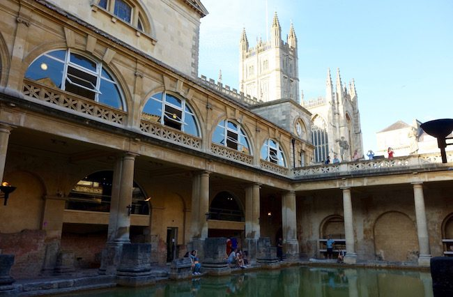 roman-baths-in-bath-england
