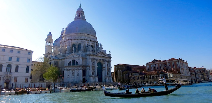 Things to do in Italy, gondola in Venice
