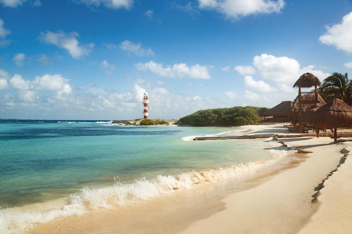 beach at the all inclusive hyatt ziva cancun