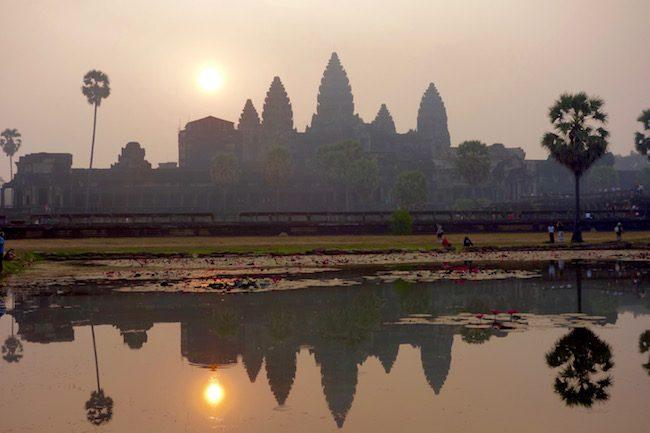 Angkor Wat photo at sunrise