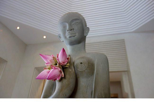 Park Hyatt Siem Reap buddha statue