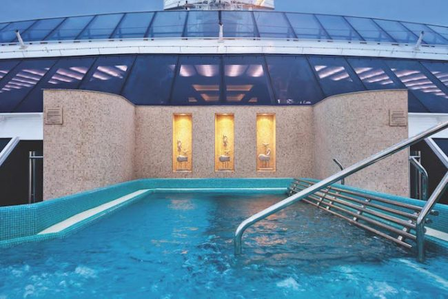 Oceania Cruises pool