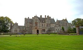 The eccentric Castle Leslie, an Ireland castle hotel