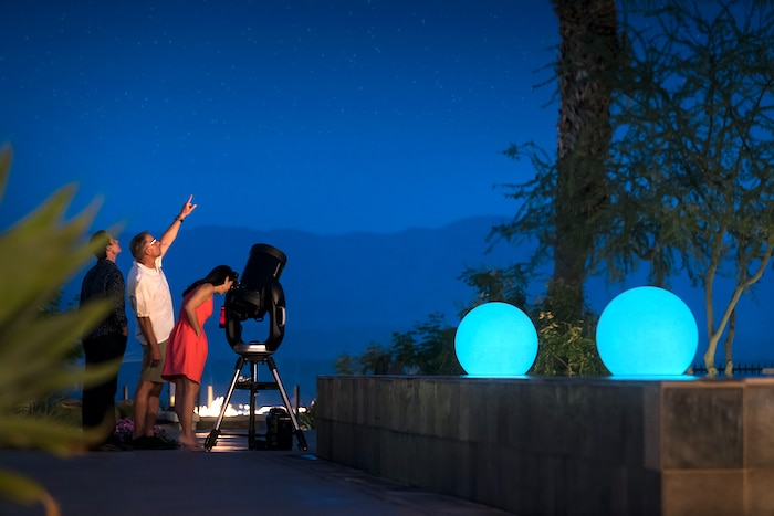 people star gazing at the ritz carlton in palm springs