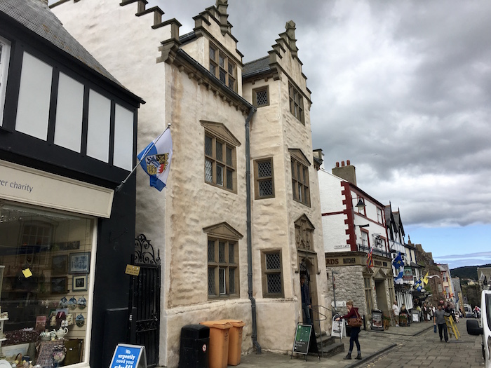 Plas Mawr Conwy, things to see